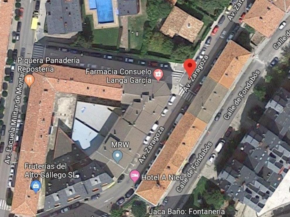 Jaca comienza las obras de mejora de las aceras de la avenida Zaragoza