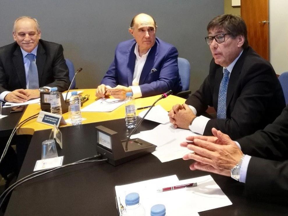 """Aliaga comparte propuestas con Ceoe Aragón, que ve de """"sentido común"""""""
