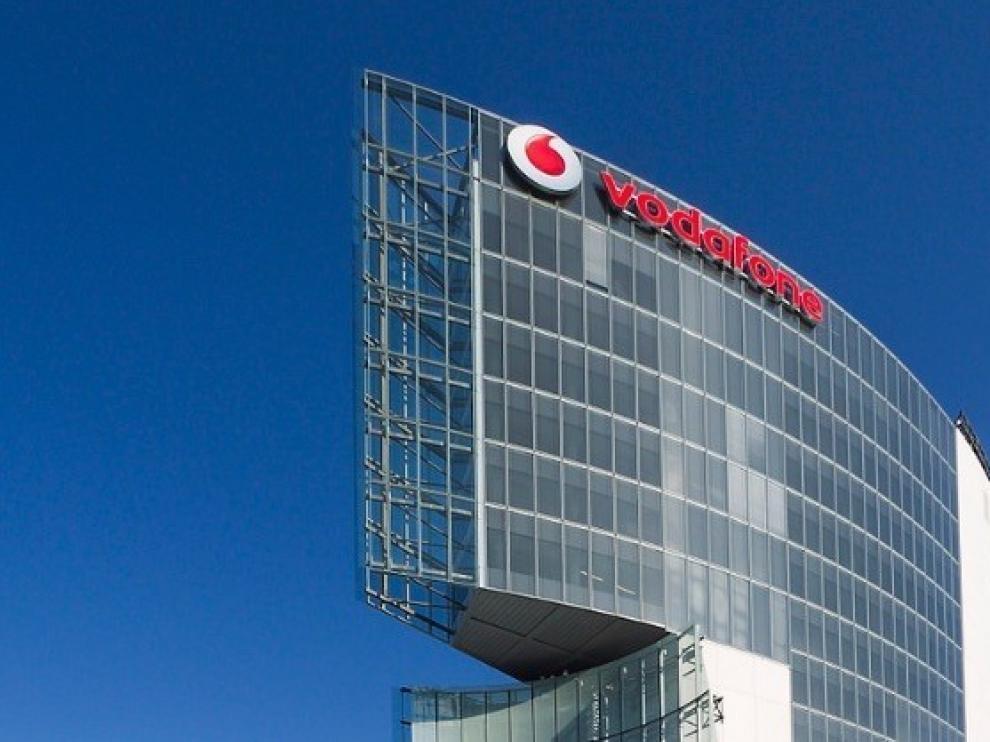Vodafone España plantea despedir hasta 1.200 empleados, el 24 % de plantilla