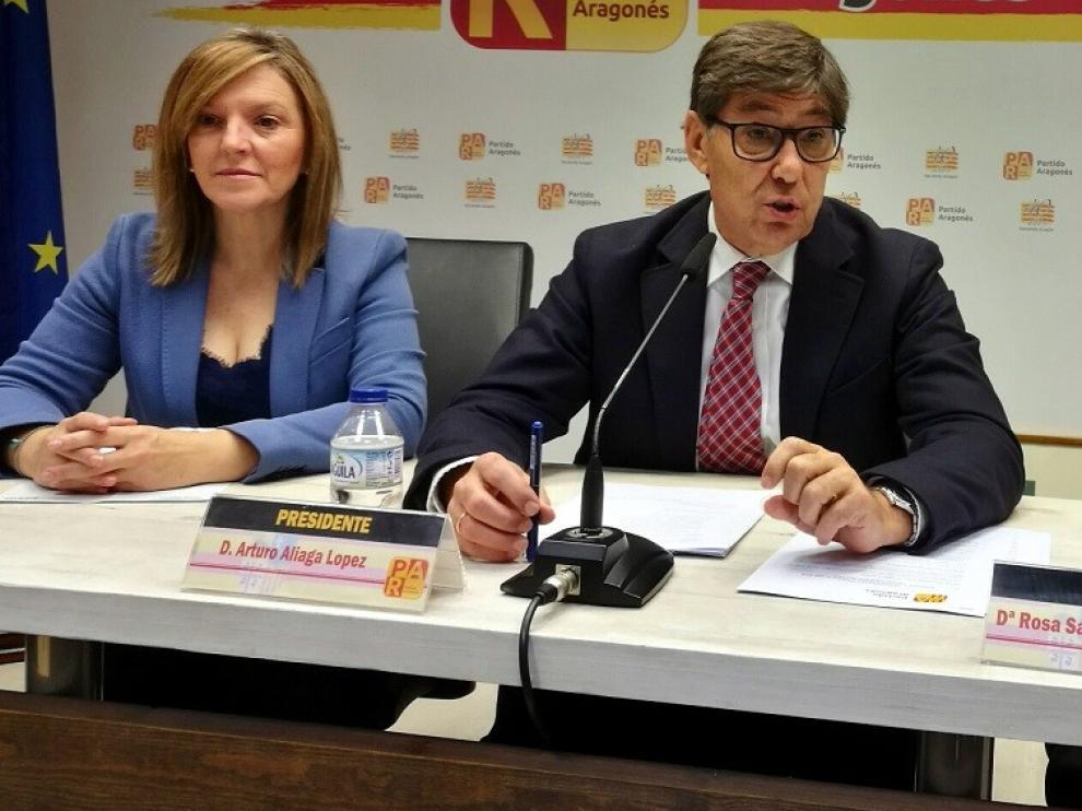 """Aliaga (PAR) pide a Lambán que recuerde al ministro de Fomento """"las deudas que tiene con Aragón"""""""