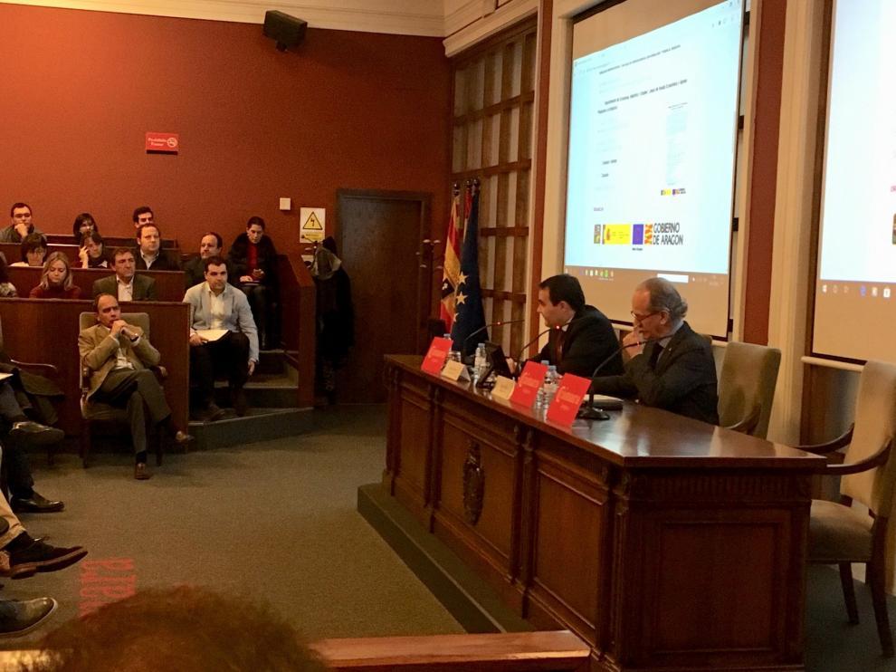 El Gobierno de Aragón explica a los empresarios las ayudas a la Industria 4.0