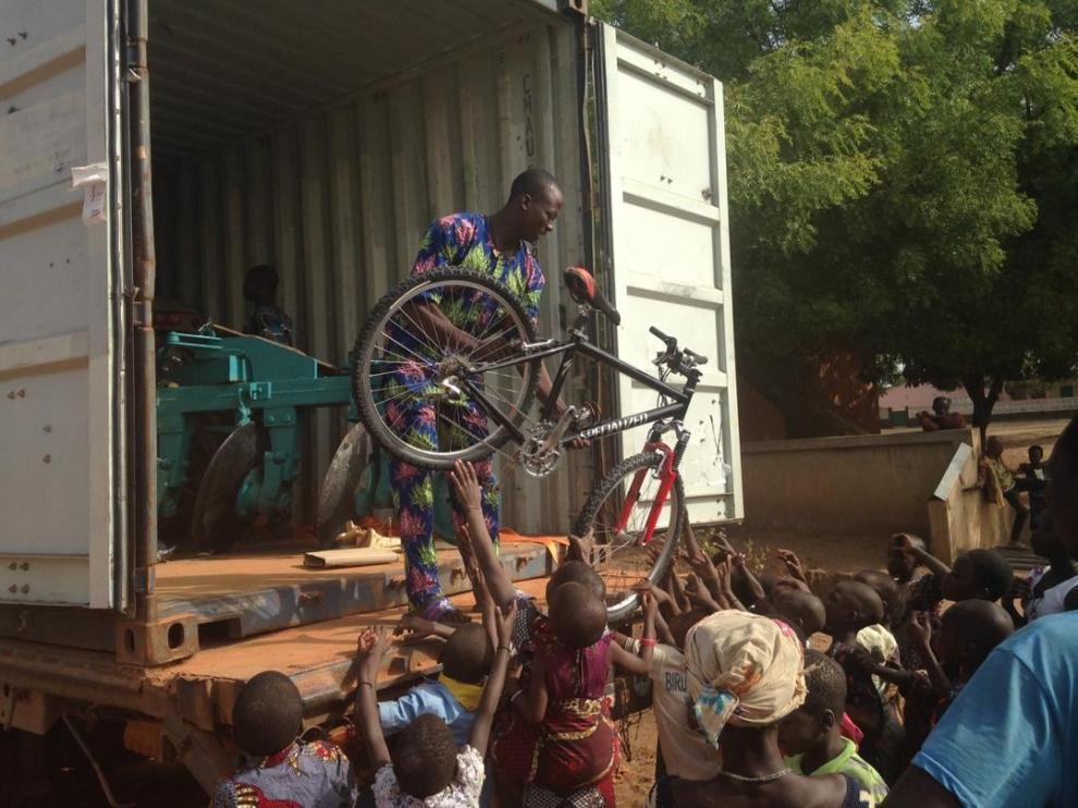 Llega a Benin el envío solidario de Ribagorza