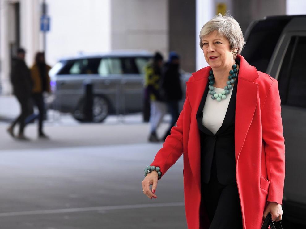 """May pide que se reconsidere el rechazo al pacto del """"brexit"""""""