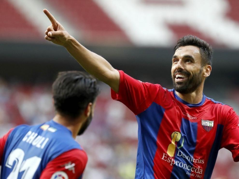 Enric Gallego ficha por el Huesca hasta junio de 2022