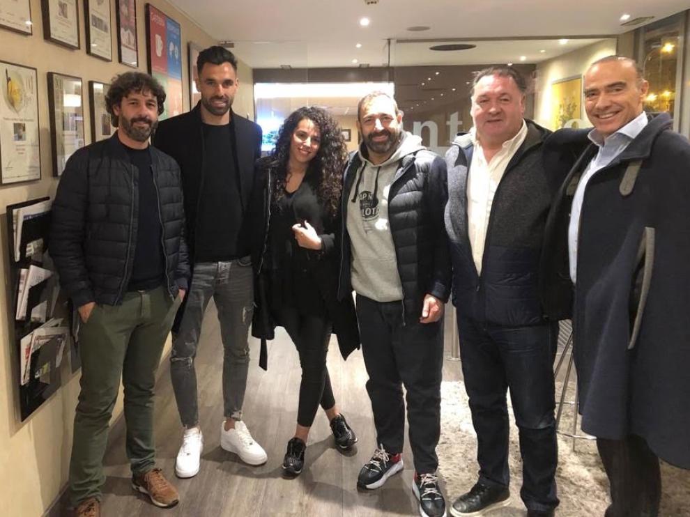 """Enric Gallego, nuevo jugador del Huesca por tres temporadas: """"Hoy es un día feliz"""""""