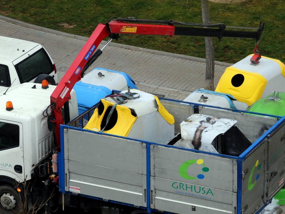 Quemados varios contenedores en cuatro calles de la ciudad de Huesca