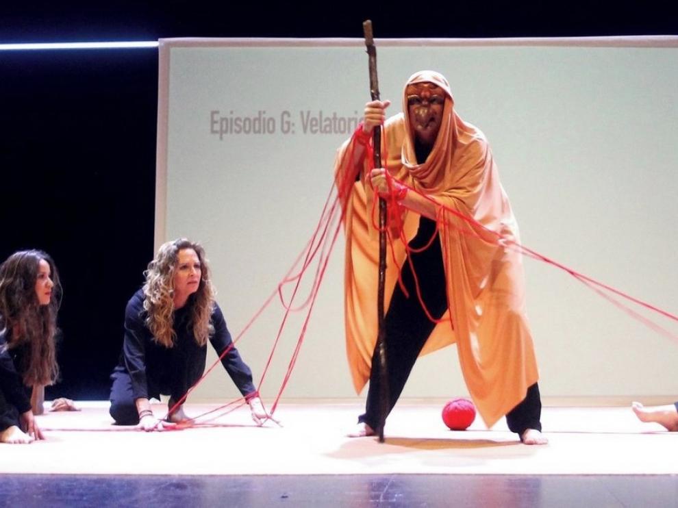 """Carabau Teatre sube al escenario sus """"Bodas de sangre"""" del siglo XXI"""