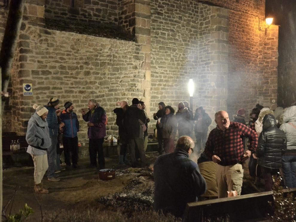 San Fabián trae a Arguis fuego, patatas, cebollas, longaniza y vino