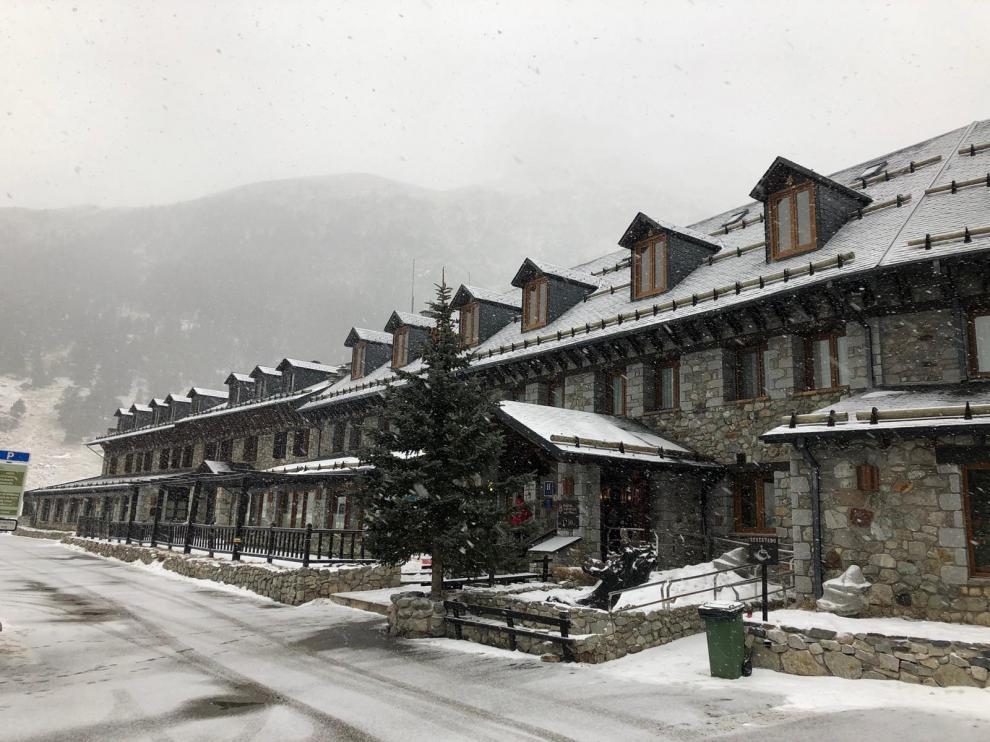 Nevadas débiles en el Pirineo a la espera del frente de este martes