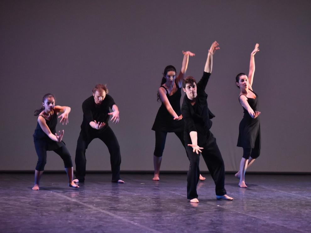 La XXVII Muestra de Danza y Folclore llega pisando fuerte