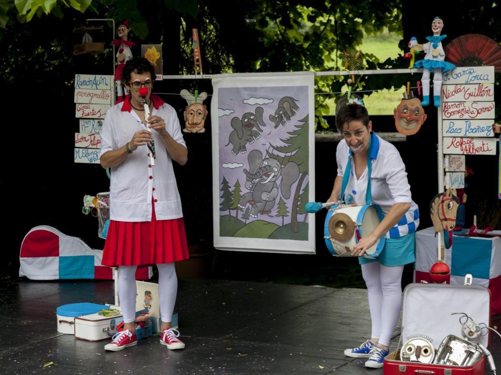 """Llega a Monzón """"Chorpatélicos"""", un espectáculo de Titiriteros de Binéfar que une música y poesía"""