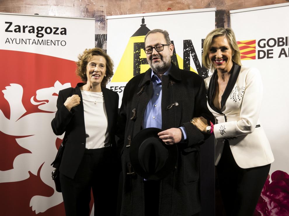 """Julia Navarro: """"Los escritores de novela negra bordan el relato social"""""""