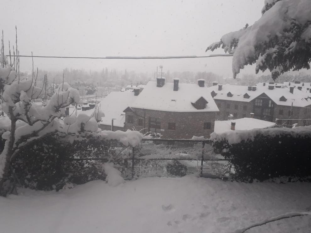 La tormenta de nieve afecta a unos 1.500 alumnos de la provincia de Huesca