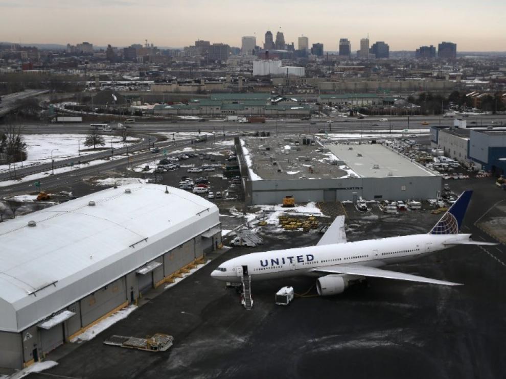 Cortan 30 minutos el tráfico aéreo en el aeropuerto de Newark (EE.UU.) por drones