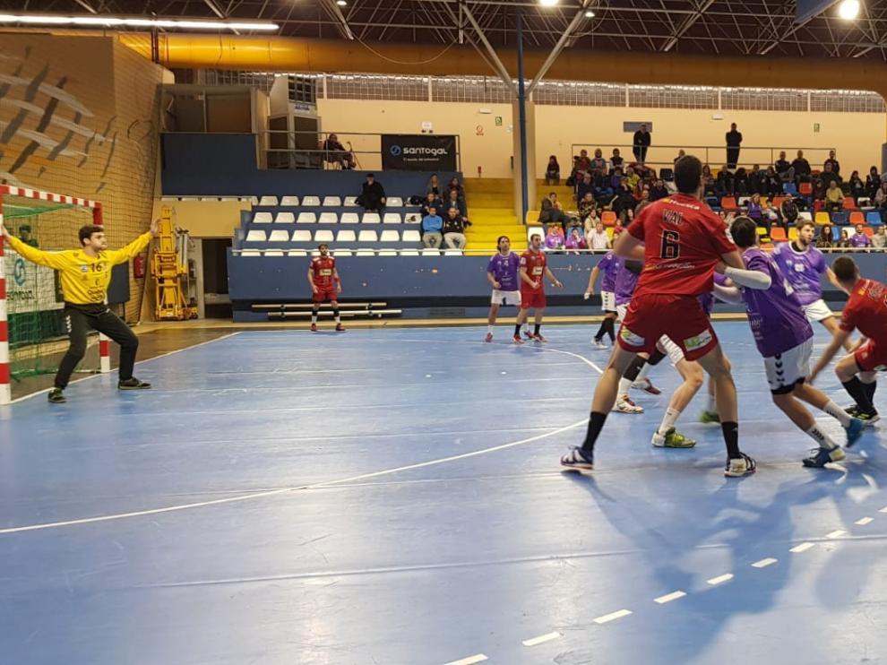 Bada Huesca se diluye en la segunda parte ante el Quabit Guadalajara