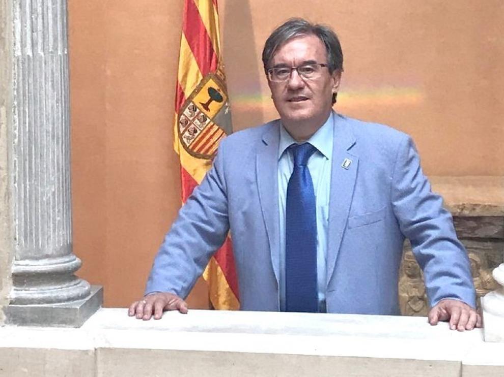 El Justicia de Aragón pide la revisión de los casos de familias que se quedaron sin beca de comedor