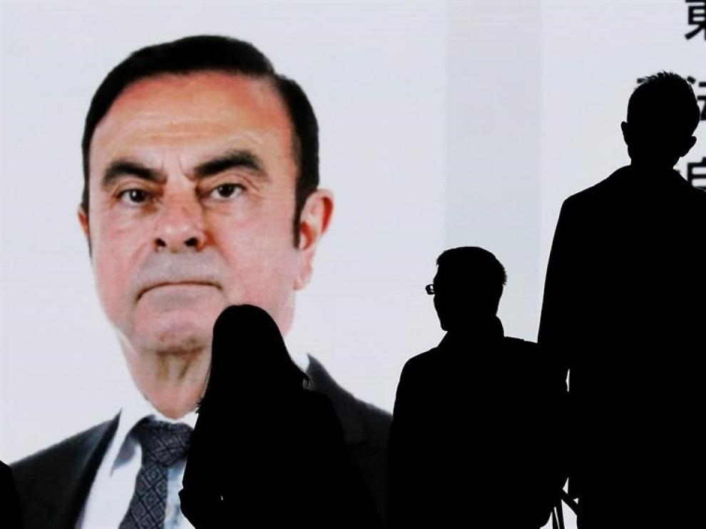 Carlos Ghosn dimite como presidente de Renault antes de ser destituido