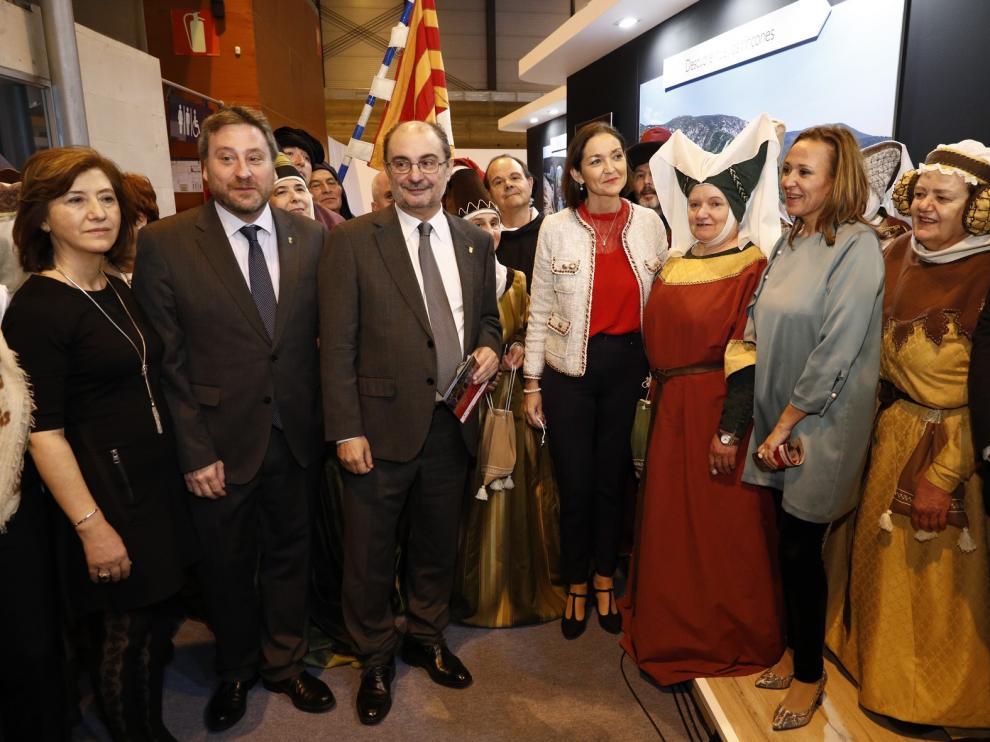 """Los Mallos de Riglos, Sijena y Roda se """"cuelan"""" en el Día de Aragón"""