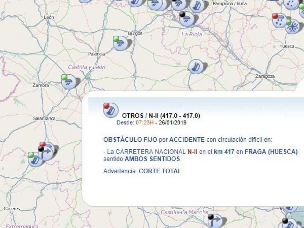 El choque frontal entre dos camiones en la N-II a la altura de Fraga deja dos heridos