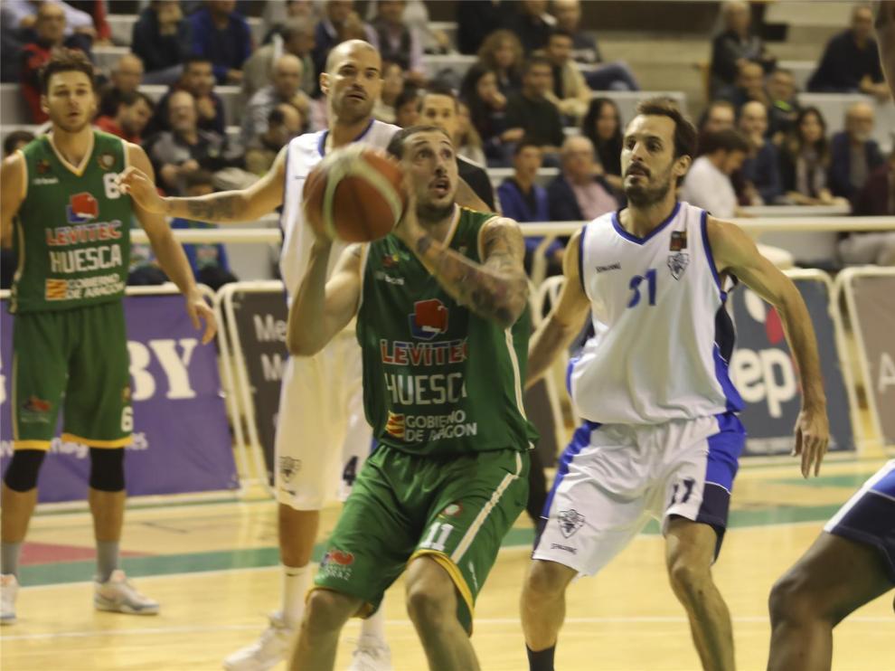 Levitec Huesca recupera la sonrisa (56-83) y rompe una racha de tres derrotas