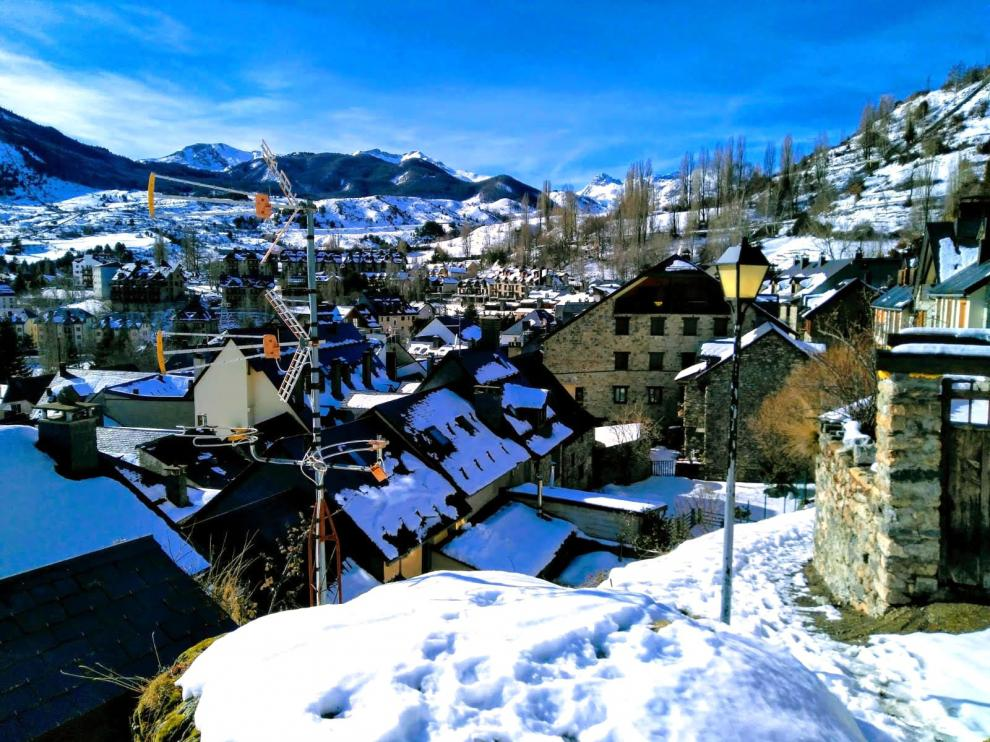 El Pirineo vuelve a estar en alerta por nevadas, aludes y viento
