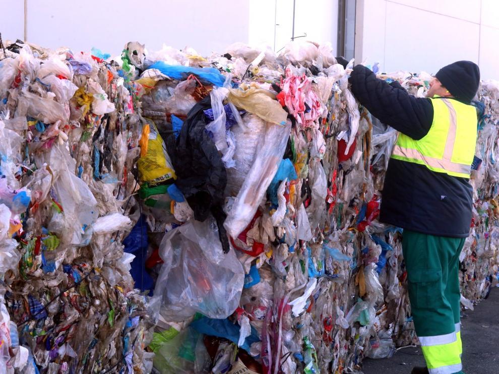 Huesca recicla más plástico que la media en España
