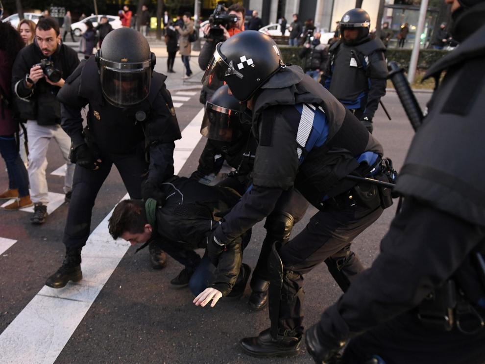 Se intensifica la protesta del taxi y el sector VTC estudia un ERE