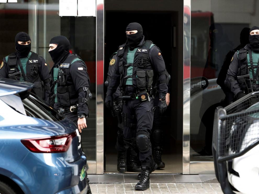 La Guardia Civil detiene en Zaragoza a un hombre por auto-adoctrinamiento y difusión de propaganda yihadista