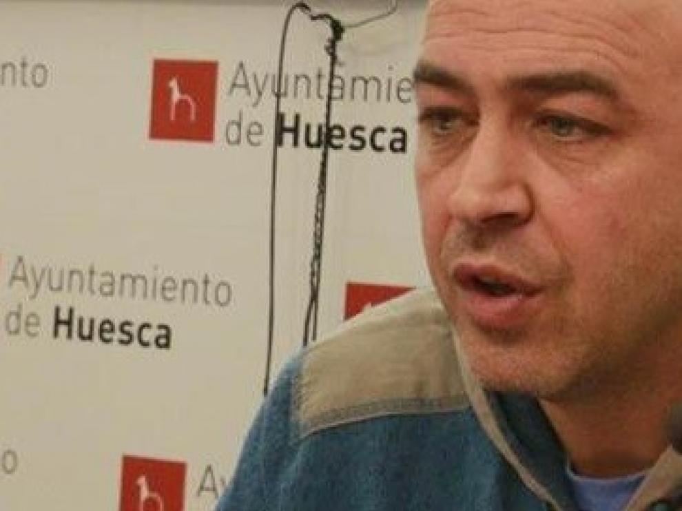 El concejal de Aragón Sí Puede-Huesca, Fernando Justes, cabeza de lista del grupo al Ayuntamiento