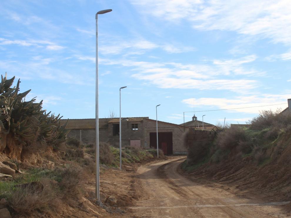Ampliada la iluminación del camino de Zaragoza y la calle Arrabal de Selgua
