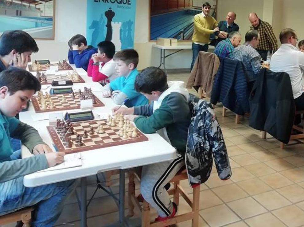 Fulgurante arranque del Jaime Casas en el Campeonato de Aragón por Equipos de Ajedrez