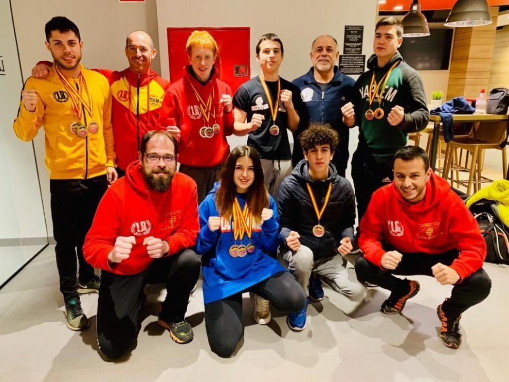 Las Escuelas Binéfar y Somontano subieron al podio en el IV Open Nacional de kickboxing