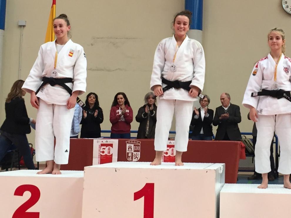 La judoca Belén Martínez, de la Escuela Samurai de Huesca, logra el oro en Salamanca