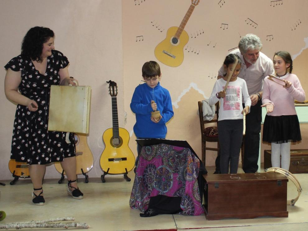 Música, baile, gastronomía y homenajes en Azanuy