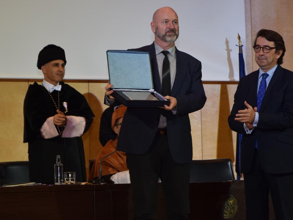 """Esteban Navarro recoge el """"Galileo"""" en Cartagena"""