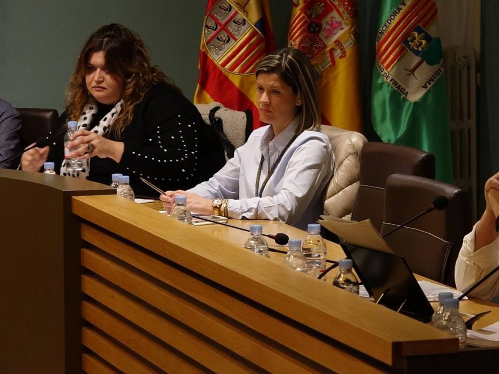 Los concejales socialistas de Fraga Pilar Vilar y Sergio Plana comunican al pleno su renuncia