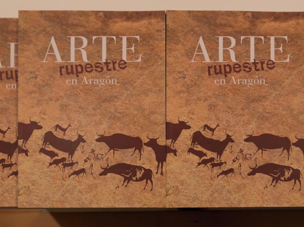 """Un libro """"inacabado"""" recoge el primer inventario de arte rupestre de Aragón"""