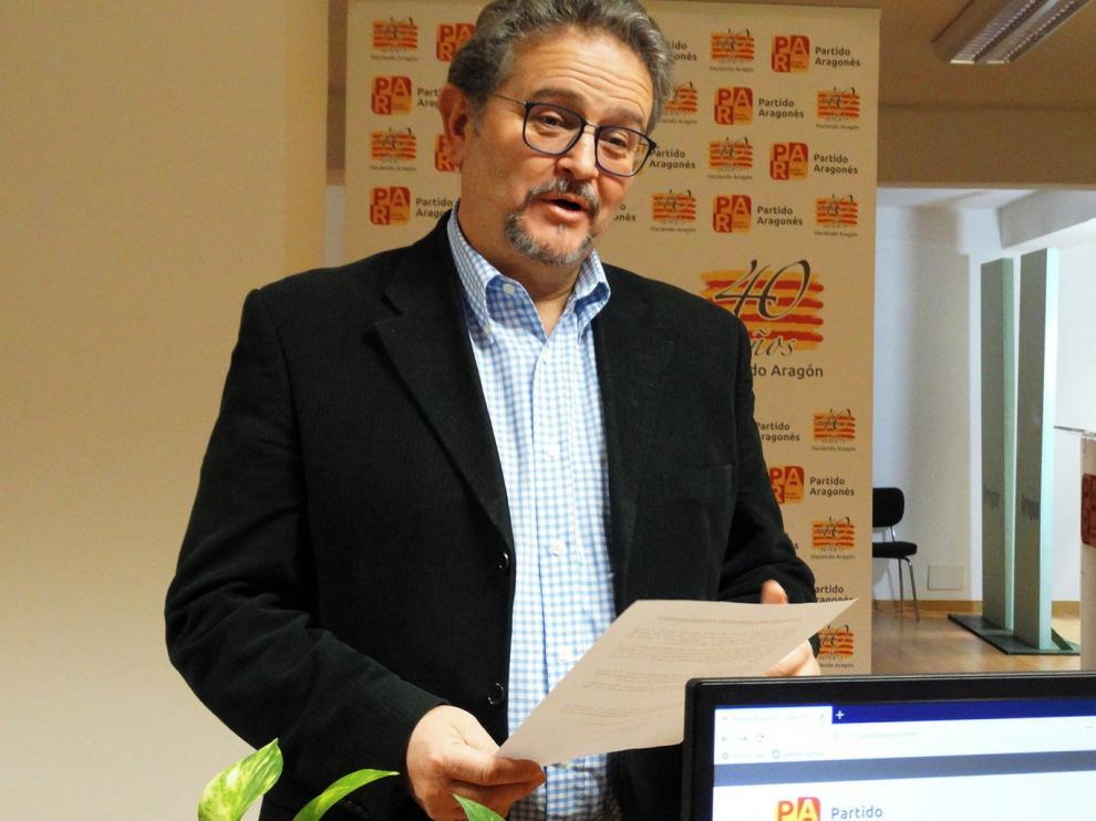 El PAR ratifica la candidatura de Fernando Carrera para la Alcaldía de Huesca