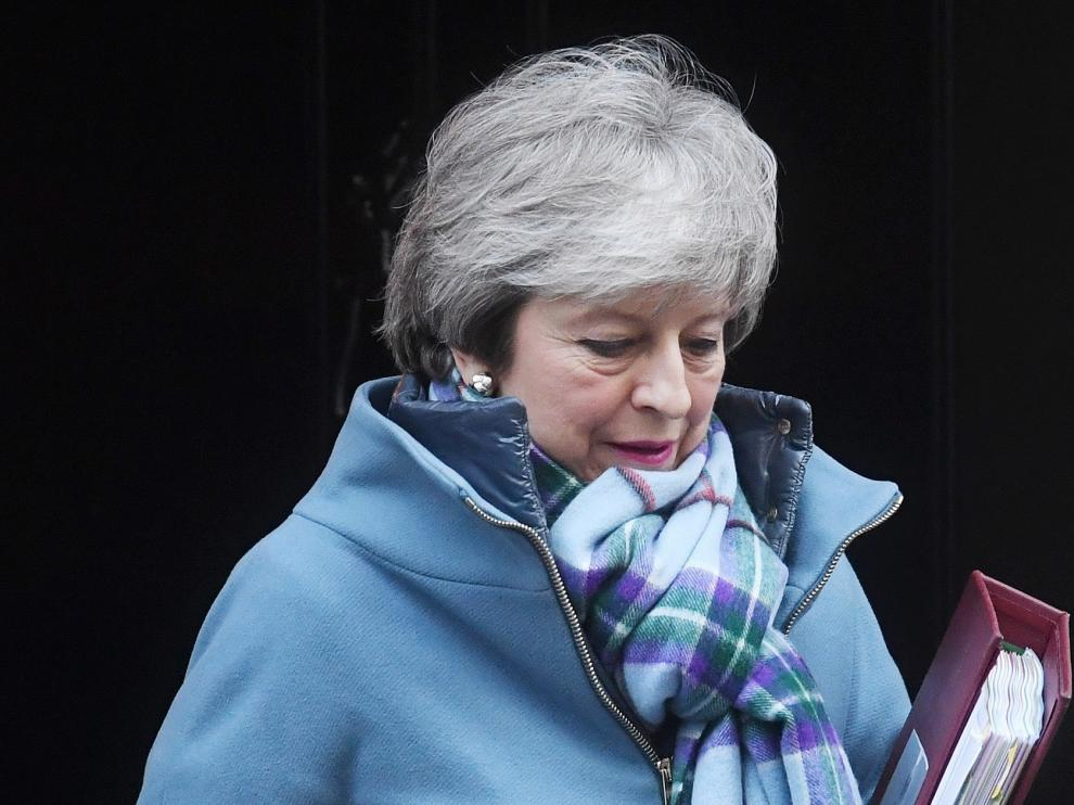 """May busca ante la UE que se facilite su """"brexit"""""""
