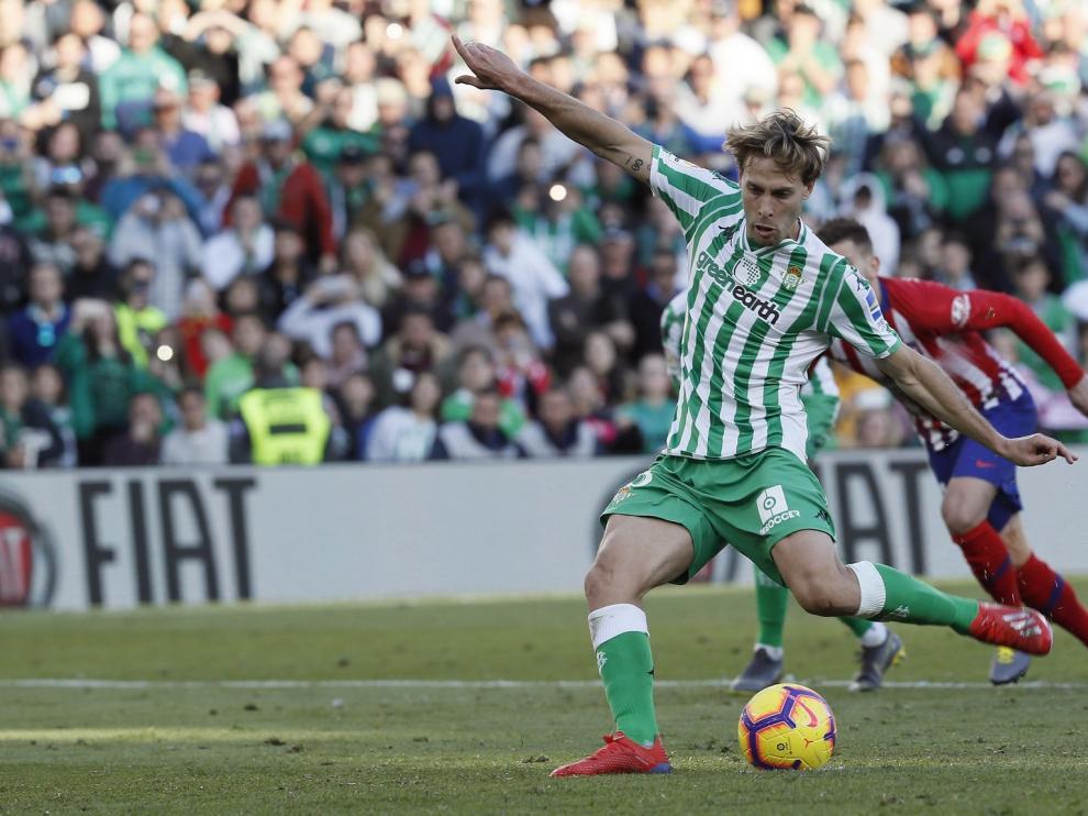 El Girona cae goleado ante el Eibar antes de recibir al Huesca