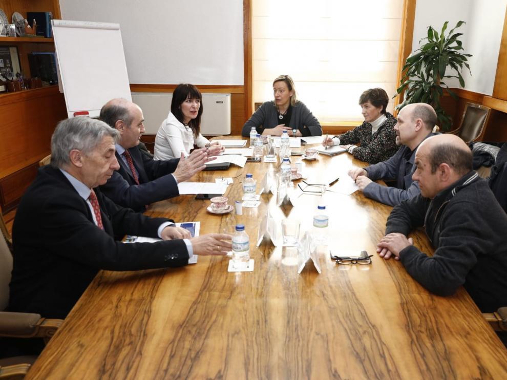 Un plan inserta a 2.300 parados de larga duración en Aragón