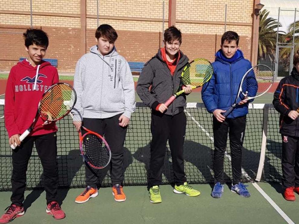 Los cadetes de la Zoiti Toyota y SMA pasaron la ronda de tenis de los Campeonatos de Aragón
