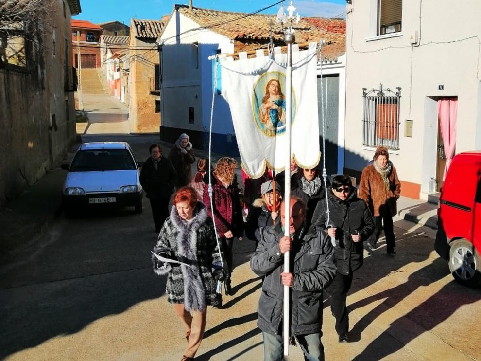 Las monegrinas han celebrado Santa Águeda con cuplillas, carreras de rosca y comidas de hermandad