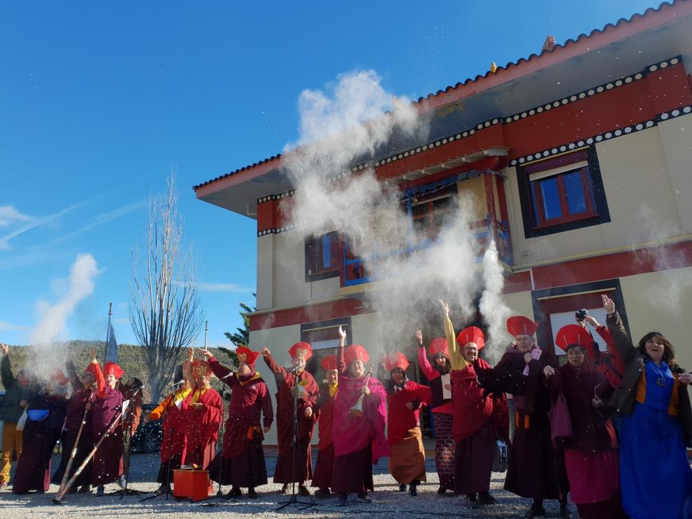 El centro budista de Panillo celebra el Año del Ratón de Metal