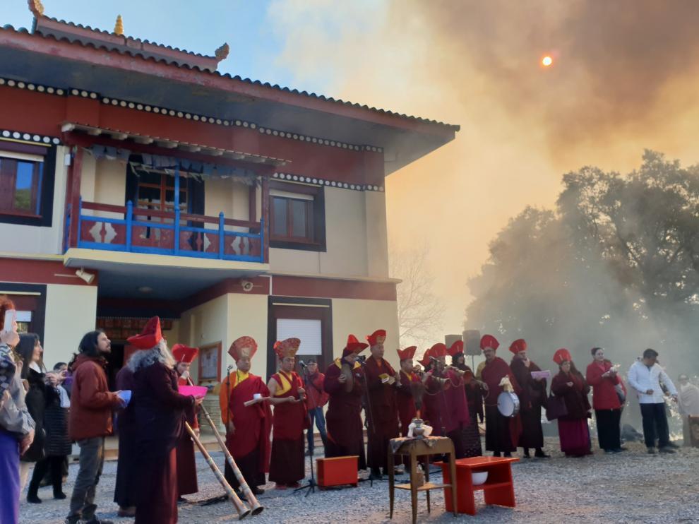 Vistosa ceremonia en Panillo para dar la bienvenida al año del Cerdo Femenino