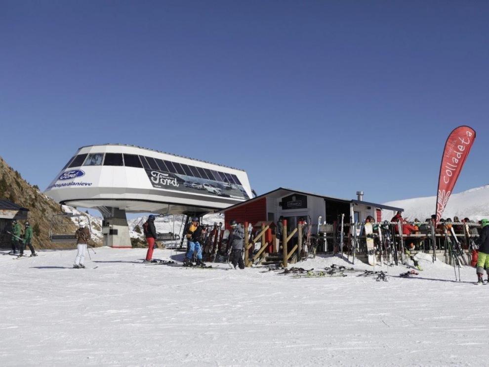 Las estaciones de esquí de Aramón esperan abrir al cien por cien este fin de semana