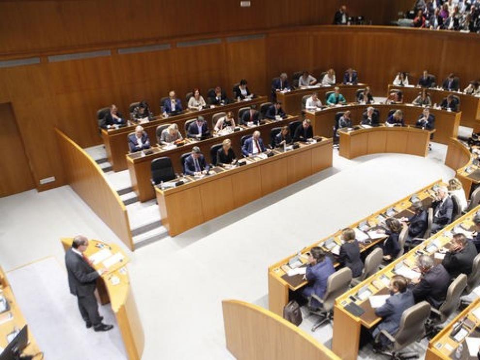 La Cámara de Cuentas de Aragón advierte de la escalada de deuda, hasta 9.171 millones