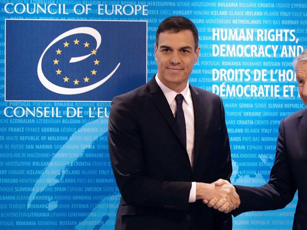 Sánchez defiende el respeto a los derechos en España frente a relatos falsos
