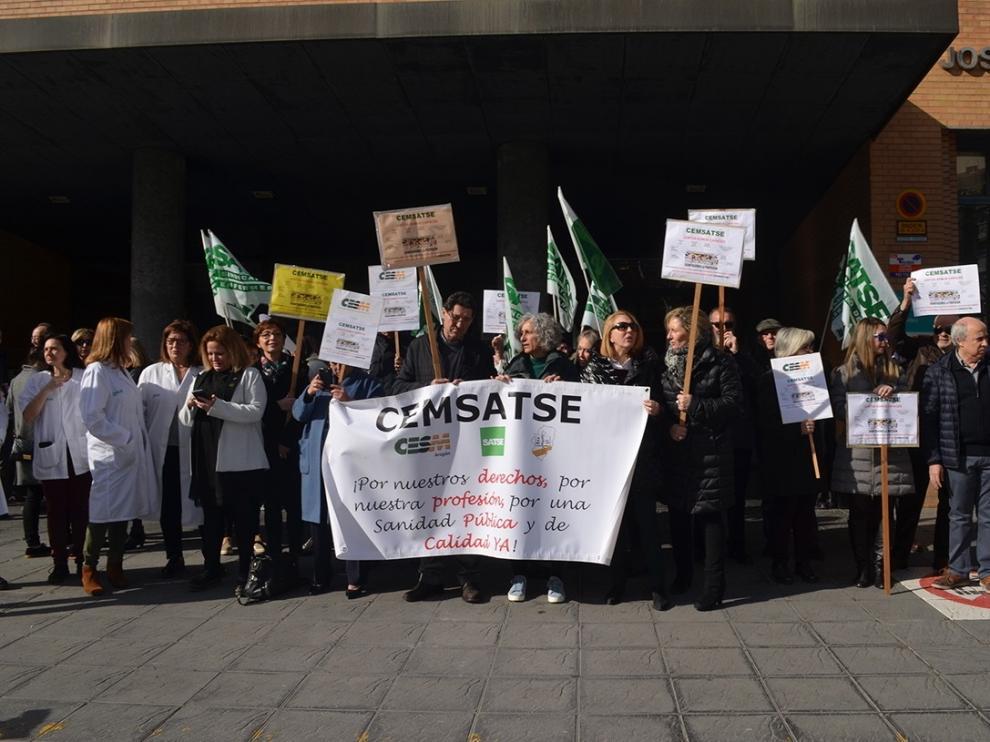 """""""Guerra de cifras"""" entre sindicatos y el Gobierno aragonés tras los paros por la Sanidad"""