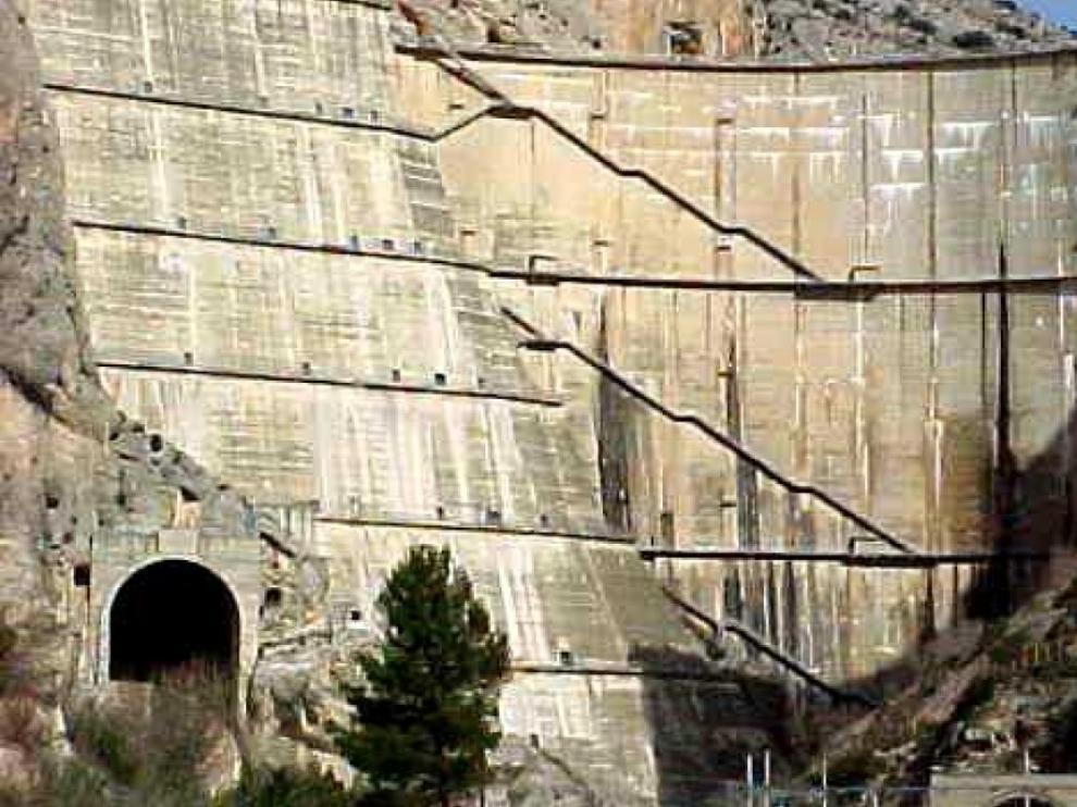 Preocupación por el estado y la seguridad de la presa de Canelles